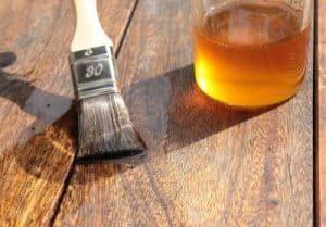 Leinöl als Holzschutz